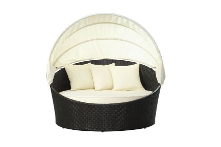 domed-half-moon-lounge-bed